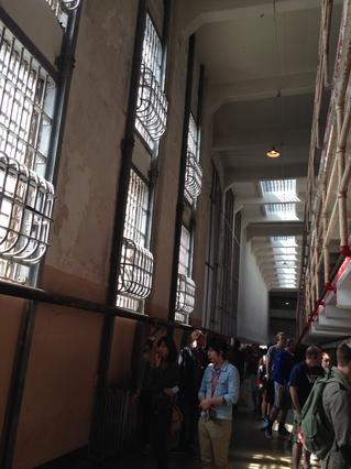 0320_11_prison.jpg