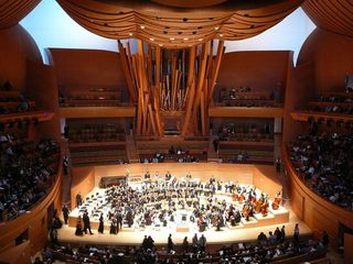 (7) Walt Disney Concert Hall, Los Angeles, free concert.jpg