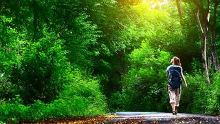 20130710-meditation-fast-simple-shutterstock_81279994-use.jpg