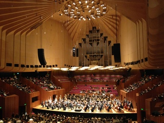 Sydney-Symphony-Orchestra-with-6-harps-at-the-Sydney-Opera-House-Concert-Hall.jpg