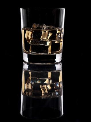 glass-3972941_960_720.jpg